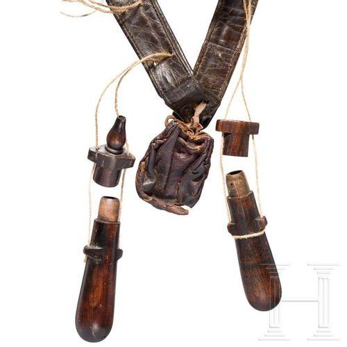 A German musketeer bandolier, 1st half of the 17th century La bandoulière en cui…