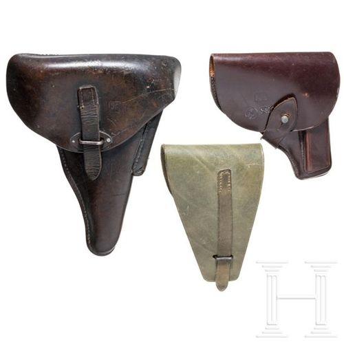 Drei Taschen für finnische Kurzwaffen 1 x sac en peau de vache marron pour le Be…