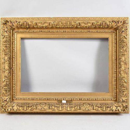 Cadre en bois et stuc doré dit Barbizon. Epoque Napoléon III. 37 x 59.5 x 14cm