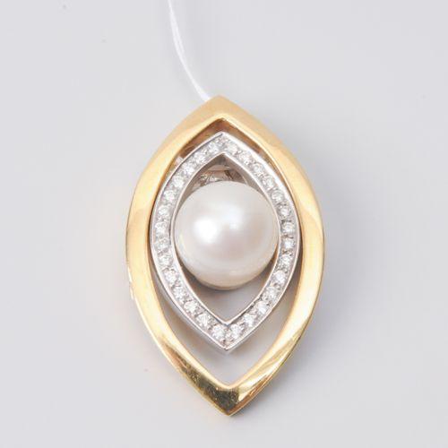Kulturperle Brillant Anhänger Or jaune/blanc 750. 2 pendentifs avec 28 diamants …