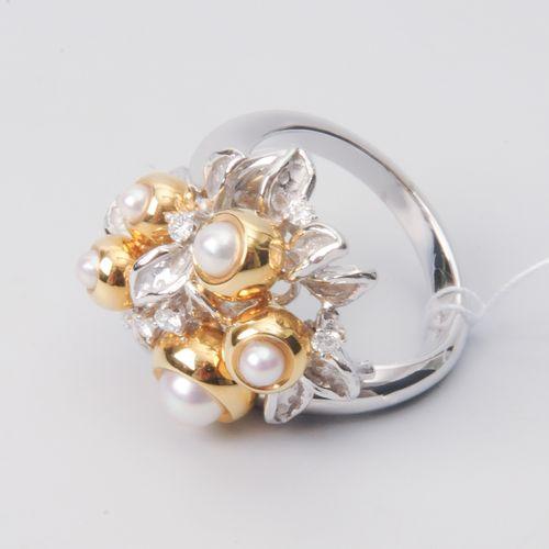 *Kulturperlen Brillant Ring Maître bijoutier. Zurich, 1997. Or jaune/blanc 750. …