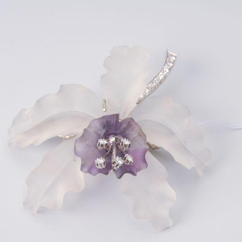 Orchidee Brosche 585 or blanc. Fleur en cristal de roche/améthyste sculptée et m…