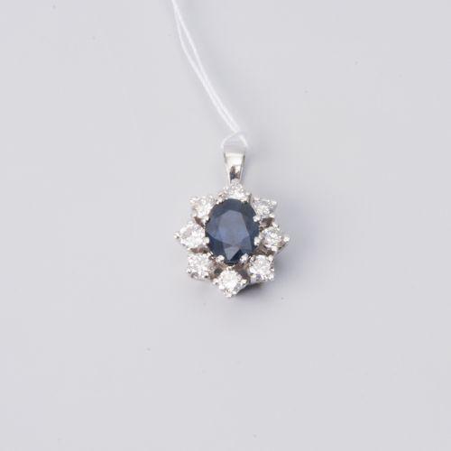 Saphir Diamant Anhänger Or blanc 750. Façade ovale. Saphir d'environ 0,76 ct dan…