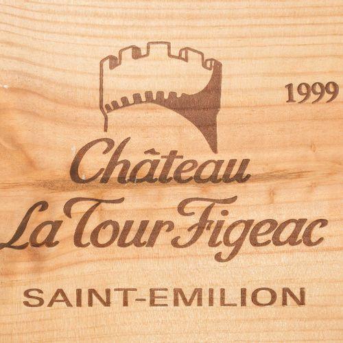 Chateau La Tour Figeac 1999. Grand Cru. Saint Émilion. Boîte en bois originale. …