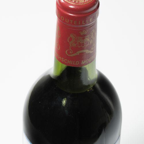 Château Mouton Rothschild 1983. 1èr Grand Cru. Pauillac. 1 bouteille.