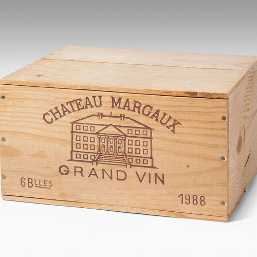 CHÂTEAU MARGAUX 1988. Premier Grand Cru. Margaux. Boîte en bois originale. 6 bou…