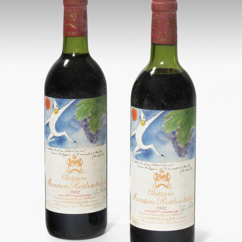 Château Mouton Rothschild 1982. 1èr Grand Cru. Pauillac. 2 bouteilles. ( 1x nive…