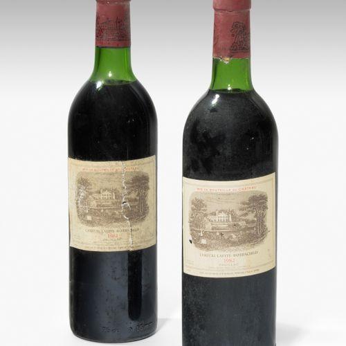 Château Lafite Rothschild 1982. 1èr Grand Cru. Pauillac. 2 bouteilles. (Etiquett…