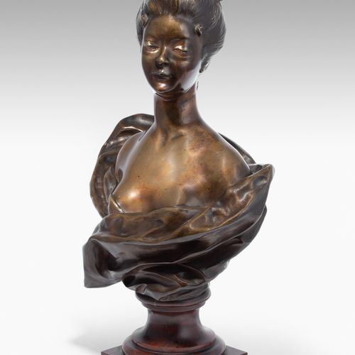 Paul Darbefeuille 保罗 达贝弗耶  (图卢兹1852 1933)  青铜,有深色斑纹。艺术家的签名。一位年轻女士的半身像。红色大理石的圆形底座…