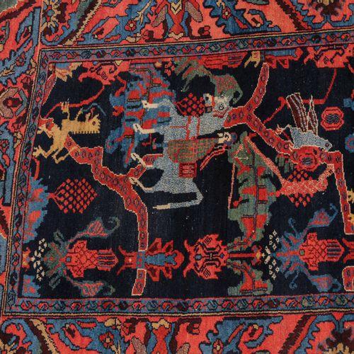 HAMEDAN Hamedan  Perse occidentale, vers 1910. Design très inhabituel et rare. D…