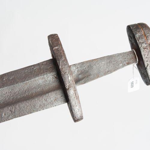 Wikingerschwert épée de Viking  Scandinavie, dans le style du 9ème/10ème siècle.…