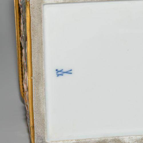Meissen, Capodimonte Schatulle Meissen, Capodimonte Schatulle  Um 1880. Porzella…