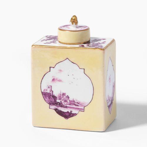 Meissen, Teedose Meissen, Boite à thé  Vers 1730/35, porcelaine. Fond non émaill…