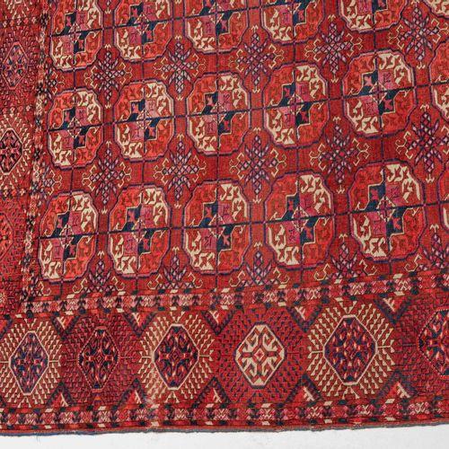 Tekke Buchara Hauptteppich Tapis principal Tekke Bukhara  Turkménistan, vers 190…