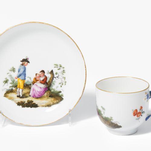 Meissen, Tasse mit Untertasse Meissen, Coppa con piattino  Porcellana, circa 176…