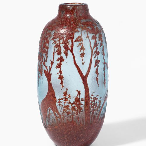 Legras, Vase Legras, Vase  St. Denis, vers 1910. Signature hautement gravée. Ver…