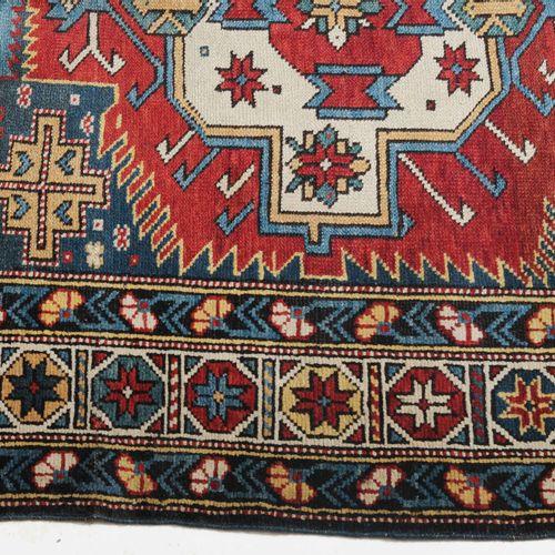 Zeijwa Zeijwa  Z Caucase, vers 1910. 5 médaillons Zeijwa en couleurs alternées r…