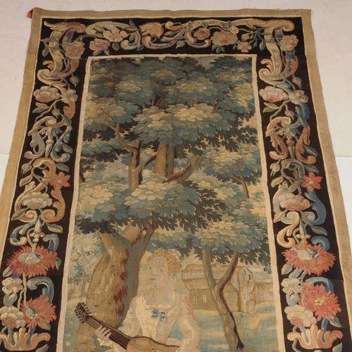 Gobelin Gobelin  Frankreich, um 1700. Unter einem Baum ist eine junge Dame beim …