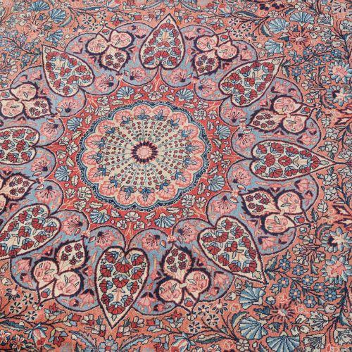 """TÄBRIS Tabriz  Perse du Nord Ouest, vers 1910. Signé """"Sadaghiani"""" en haut au cen…"""