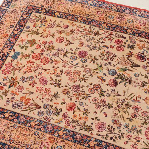 Isfahan Isfahan  Z Perse, c. 1960. Chaîne en soie, poils en laine de liège et so…