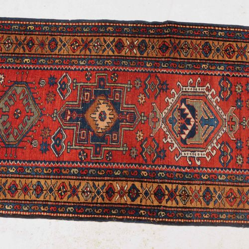 HERIZ Heriz  Noroeste de Persia, c. 1910. 9 espléndidos medallones de caraja de …