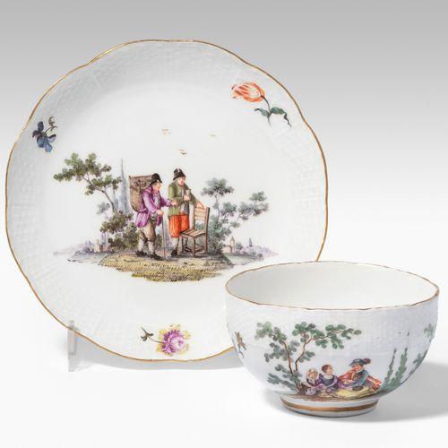 Meissen, Tasse mit Untertasse Meissen, Tasse avec soucoupe  Porcelaine, vers 174…