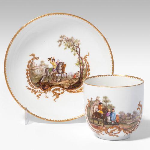 Meissen, Tasse mit Untertasse Meissen, Tasse avec soucoupe  Marcolini, vers 1775…