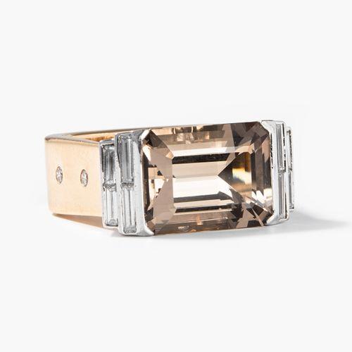 Rauchquarz Brillant 烟晶石钻石  Binder珠宝商,苏黎世。750黄金/白金。10月 份。约14x11毫米的烟水晶,8个闪光点。尺寸53,…