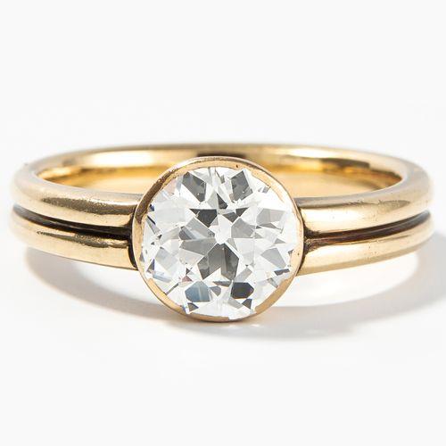 DIAMANT RING 钻石戒指  750黄金。老切割钻石约1.60克拉,I/J vs/si。尺寸56,5克。
