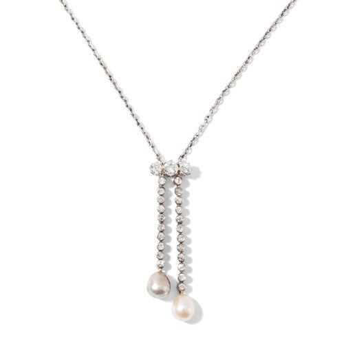 PERLEN DIAMANT COLLIER 珍珠钻石项链  20世纪初,铂金/黄/白金。镶有3颗老式切割钻石约0.45克拉,22颗小型老式切割钻石约0.44克…