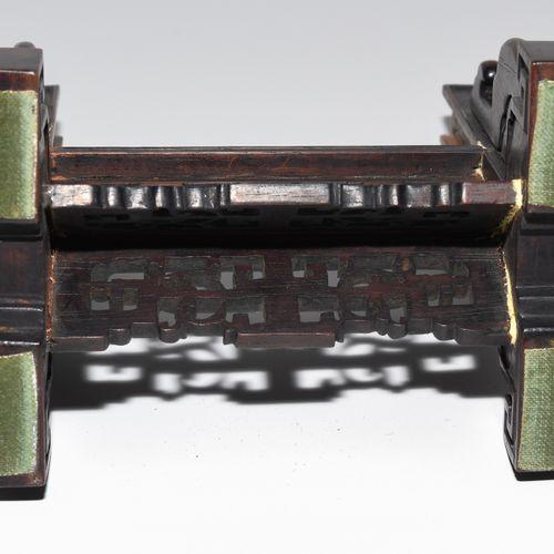 1 Paar Tischstellschirme 1 paire d'abat jour de table  Chine, dynastie Qing. Jad…
