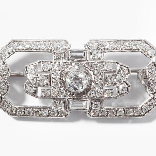 ART DÉCO DIAMANT BROSCHE Broche Art Déco en diamants  Platine 950. Géométriqueme…