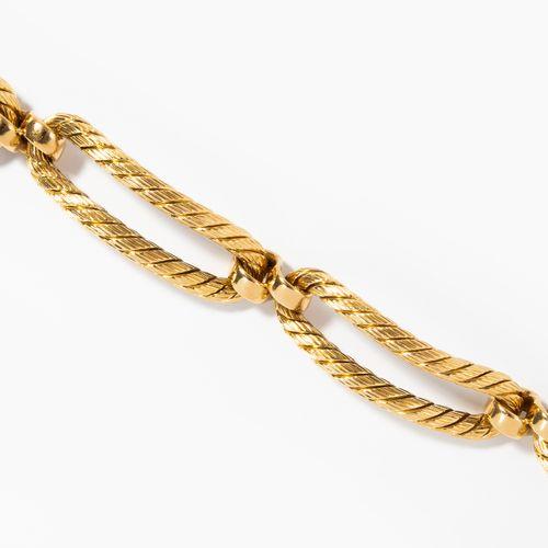 Bracelet 手链  意大利。750黄金。长19厘米,重47.5克。