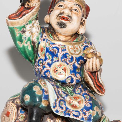 Hotei Figur Figurine Hotei  Japon, milieu du XXe siècle. Porcelaine. Kutani. Rep…