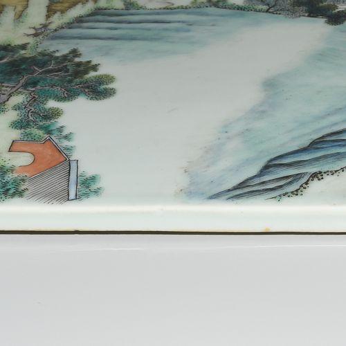 1 Paar Porzellanbilder 1 paire de tableaux en porcelaine  Chine, XIXe siècle. Pe…
