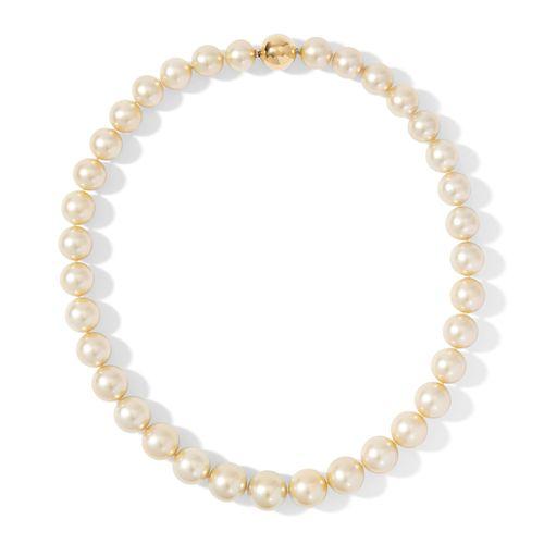 Südsee Kulturperlen Collier 南海涵养珍珠项链  750黄金。优雅的香槟色珍珠项链,直径11 15毫米,品质优良。用1个球形刺刀扣打结…