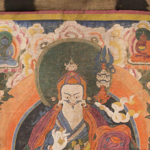 Thangka des Padmasambhava Thangka de Padmasambhava  Tibet, 18e/19e siècle. Coule…