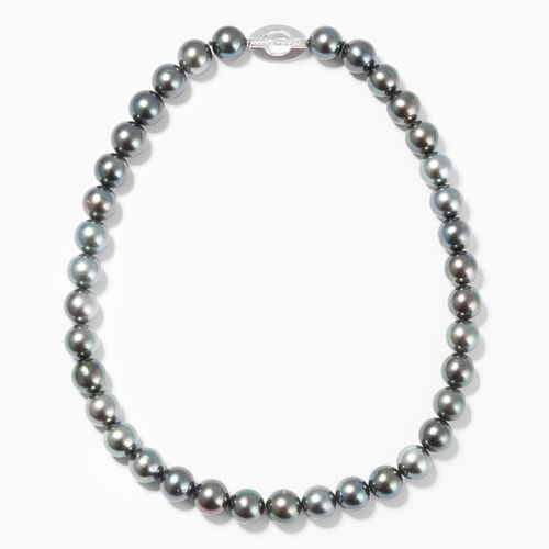 Kulturperlen Collier 养殖珍珠项链  750白金。大溪地珍珠,圆形,直径10.5 11.5厘米。用明亮式切割的刺刀扣打结。长45厘米,重81…