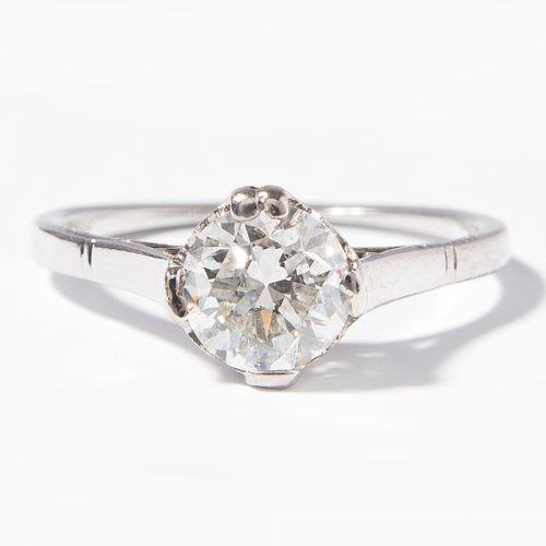 DIAMANT RING 钻石戒指  1920年左右。白金。明亮的约1克拉H si/P1,尺寸51,2克。