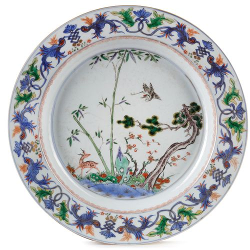 A LARGE CHINESE FAMILLE VERTE 'DEER AND CRANE' DISH, KANGXI PERIOD (1662 1722) D…