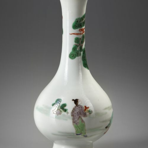A CHINESE FAMILLE VERTE VASE, 19TH 20TH CENTURY Decorated with a continuous scen…