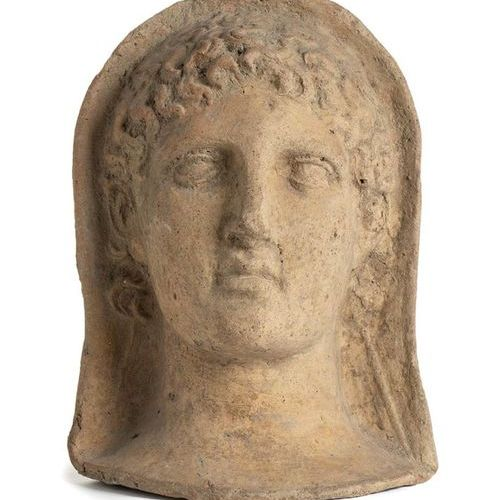 ROMAN TERRACOTTA VOTIVE MALE HEAD  4th 3rd century BC  height cm 28    Character…