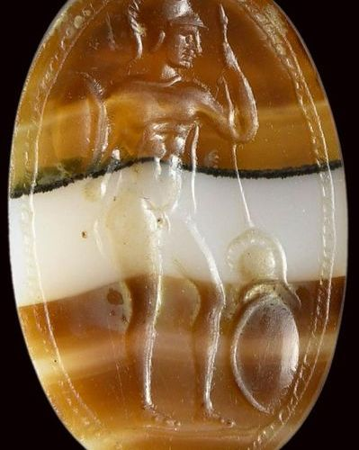 A fine and large banded agate roman italic intaglio. Warrior. 2nd century B.C. 1…
