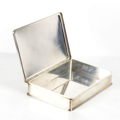 Boîte en argent 800/1000 avec dédicace à Maria Pia Fanfani Italie, 20e siècle de…
