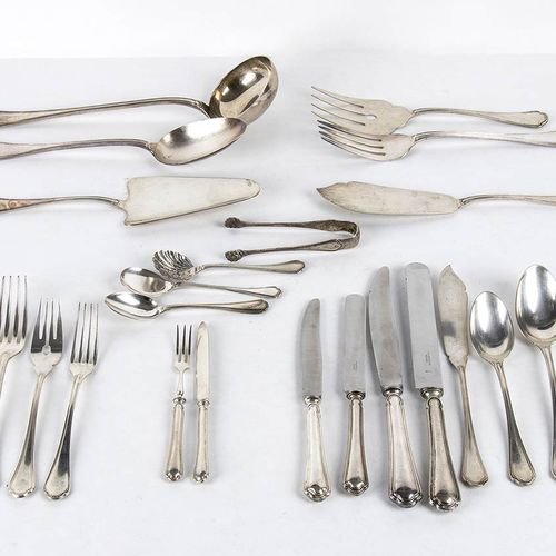 Italian 800/1000 silver and alpaca flatware service for 12, 227 pieces marks of …