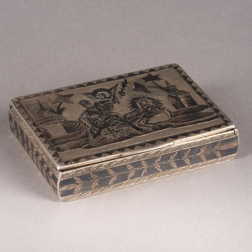 A SILVER AND NIELLO SNUFF BOX Russian, Moscow, 1821 Of rectangular form. The hin…