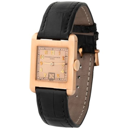 Vacheron Constantin. Elegant and Rare Art Deco Square Shape Wristwatch in Pink G…