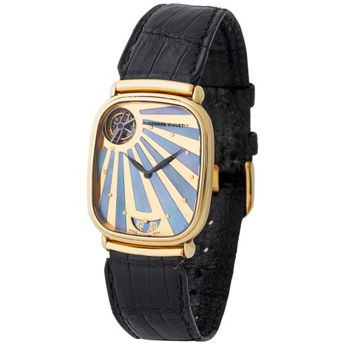 Audemars Piguet. Fine and Elegant Tourbillon Automatic Wristwatch in Yellow Gold…