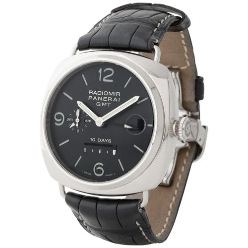 Panerai. Attractive and Massive Radiomir 10 Days GMT Automatic Wristwatch in Whi…