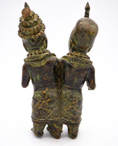 Couple royal Bini Edo Royaume du Bénin (Nigeria) Laiton H. : 29,5 cm. Statue dou…